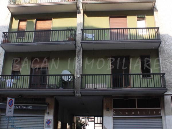 Milano Fogazzaro 01