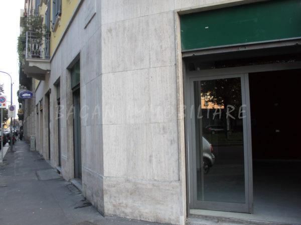 MILANO - Viale CRISPI 15 - 3 vetrine