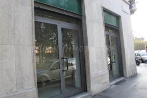 Milano Crispi 15 3 Vetrine 02